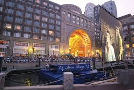 Rowes Wharf Music and a Movie