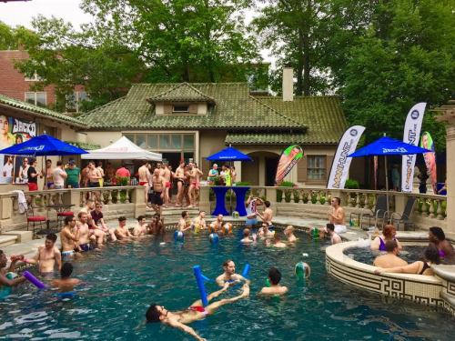 Manhunt Bubbles Pool Party