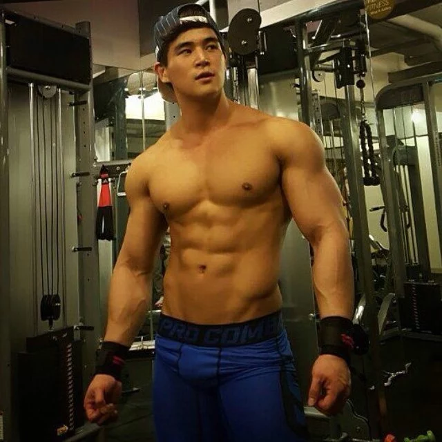 tempting hunk solo