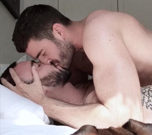 men in bed, men in love