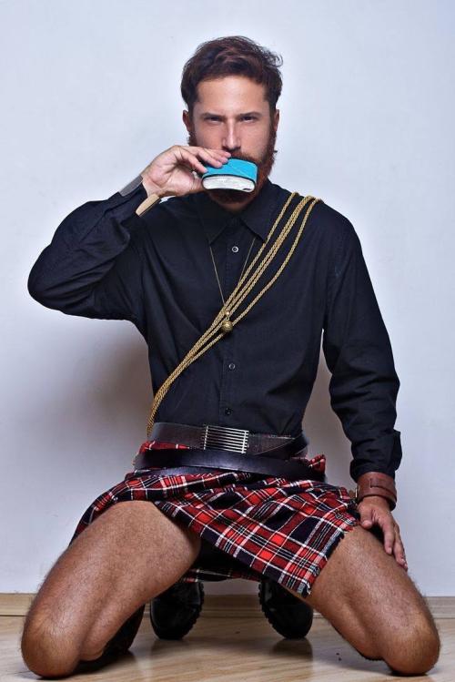 man wearing kilt, fashion, legs