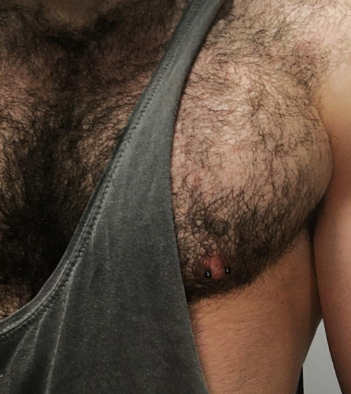 hairy chest, muscles