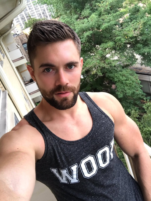 Griffin Barrows, handsome, hunk, gay porn