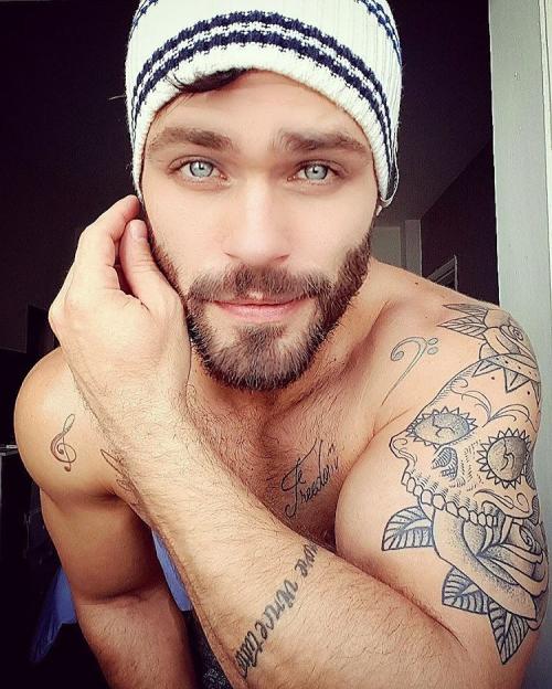 Thiago Zanini, handsome, hunk, beautiful eyes