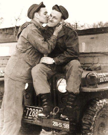 men embracing, men kissing