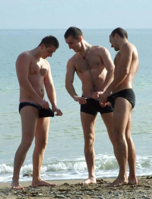 swimming humor, men comparing their penises