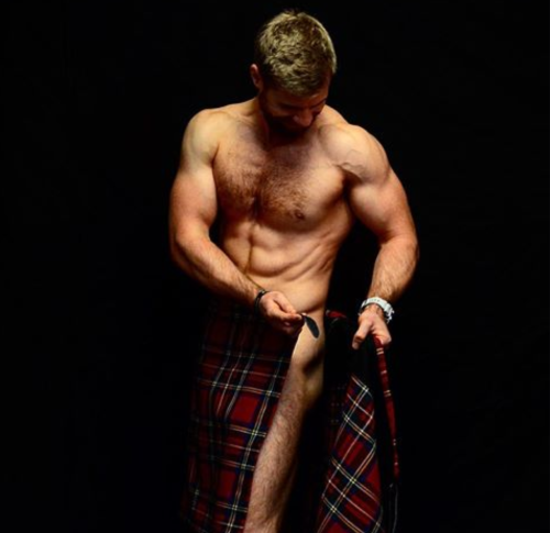 handsome man in kilt, Stephen Clarke naked, kilted coaches