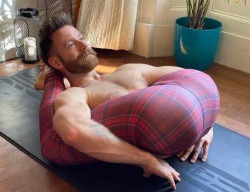 Finlay Wilson, flexible, gay, handsome